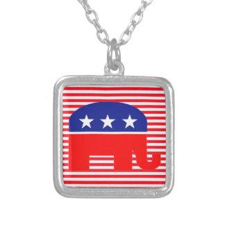 collar republicano del elefante