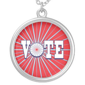 Collar rojo del círculo del VOTO