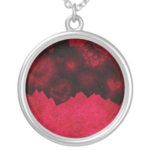 Collar rojo y negro del el día de San Valentín