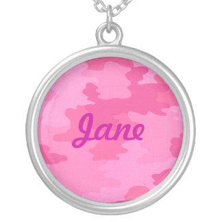 Collar rosado brillante del nombre del camuflaje