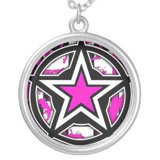 Collar rosado de la estrella de Emo
