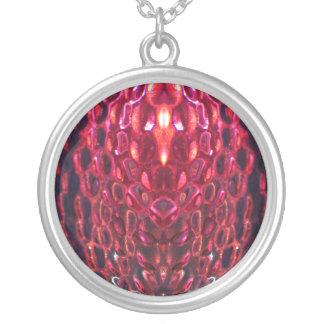 Collar rosado de la piedra preciosa