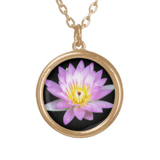Collar rosado del recuerdo de la flor de Lotus
