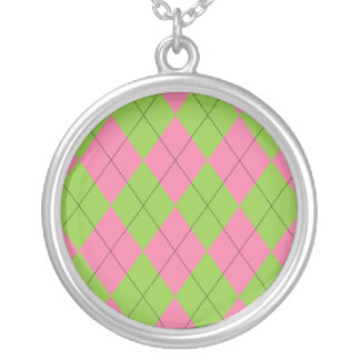 Collar rosado y verde de Argyle