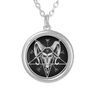 collar satánico del símbolo