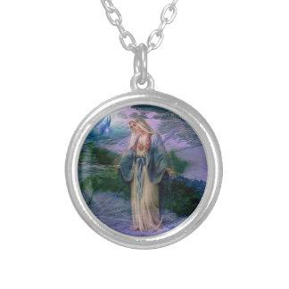 Collar: the Virgin Round Pendant Necklace