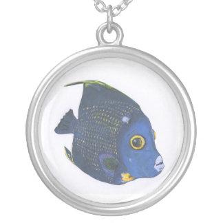 Collar tropical de los pescados