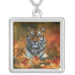 Collar usable del arte de los tigres salvajes