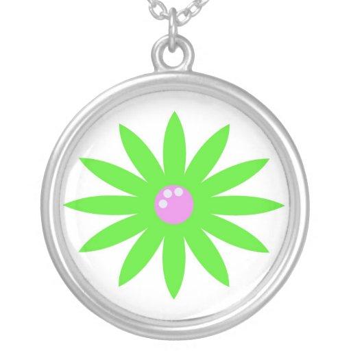 Collar verde de la flor