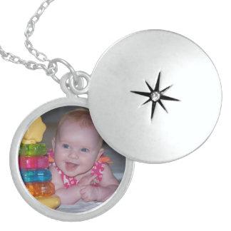 Collares, lockets, y encantos personalizados medallón