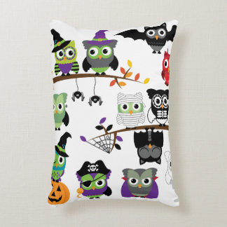 Collection Of Spooky Halloween Owls Decorative Pillow