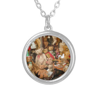 Collection Of Vintage Teddy Bears Silver Plated Necklace