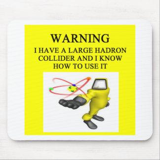 Collider grande del hadron de LHC Alfombrillas De Ratón