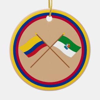 Colombia y banderas cruzadas Sucre Ornamento Para Arbol De Navidad