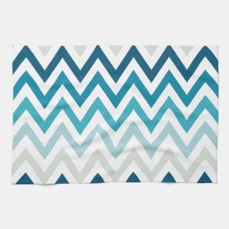 Color blanco azul de los diseños geométricos de toallas de mano