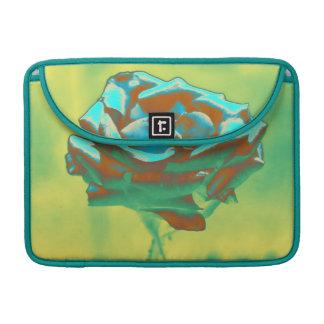 Color de rosa azul en verde funda para macbook pro