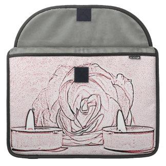 Color de rosa, dos velas ligeras del té, hechas en funda para macbook pro