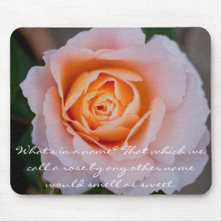 Color de rosa floral tapete de raton