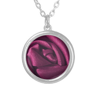 Color de rosa fucsia colgante redondo