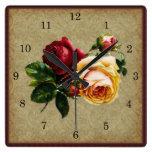 Color de rosa gótico del vintage reloj