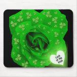 Color de rosa irlandés - suerte del irlandés alfombrilla de raton