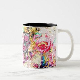 Color de rosa lamentable fabulosamente francés de  taza de café