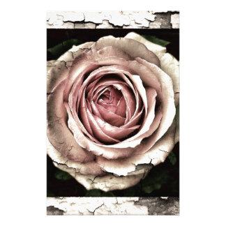 Color de rosa magnífico papeleria