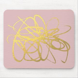 Color de rosa magnífico y oro Mousepad para su