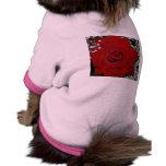 Color de rosa mojado camiseta de perrito