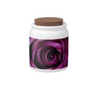 Color de rosa púrpura jarra para caramelo