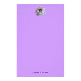 Color de rosa púrpura simple personalized stationery