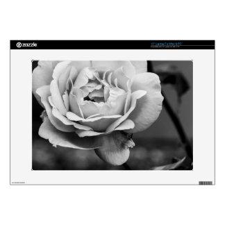 Color de rosa romántico blanco y negro calcomanías para 38,1cm portátiles