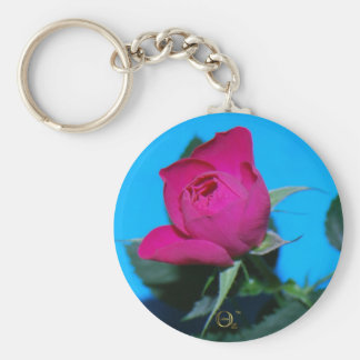 Color de rosa rosado bonito llavero redondo tipo pin