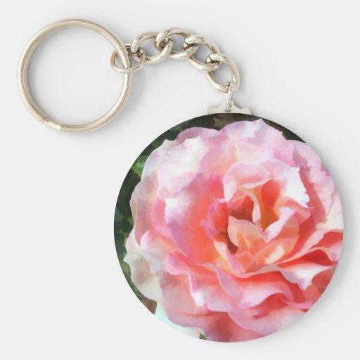 Color de rosa rosado completamente floreciente llaveros personalizados
