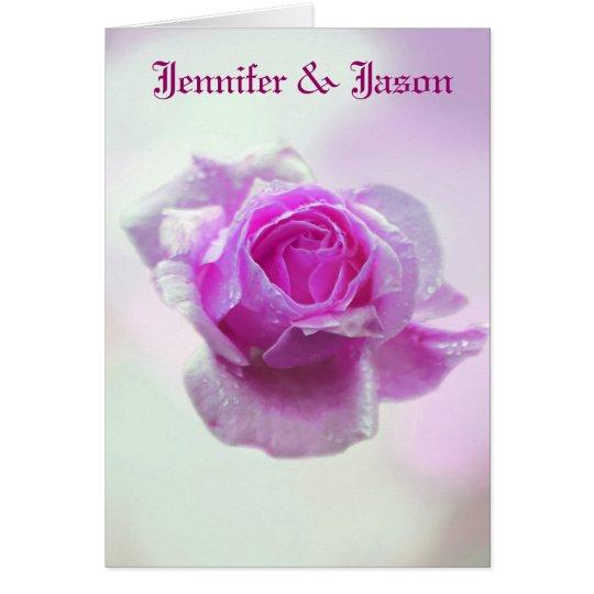 Color de rosa rosado del amor - invitación del tarjeta de felicitación
