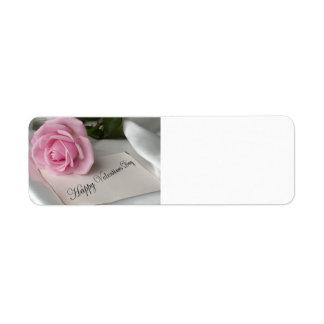 Color de rosa rosado del el día de San Valentín Etiqueta De Remite