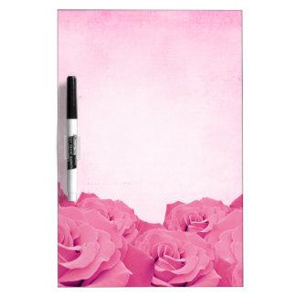 Color de rosa rosado del vintage pizarra blanca