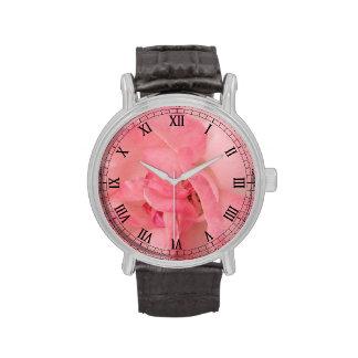 Color de rosa rosado etéreo relojes