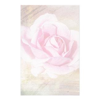 Color de rosa rosado romántico papeleria de diseño