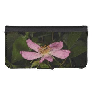 Color de rosa salvaje fundas billetera de iPhone 5