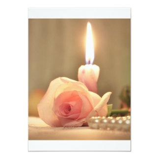 Color de rosa tratamiento-rosado y vela de la invitación 12,7 x 17,8 cm