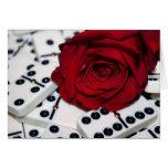 Color de rosa y dominós tarjeta de felicitación