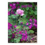 Color de rosa y floral, amistad tan verdad tarjetón
