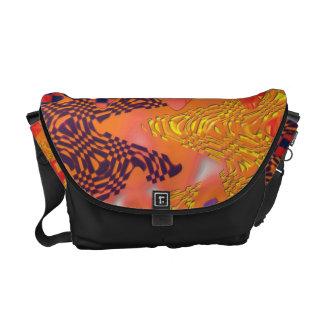 Color intrusion messenger bag