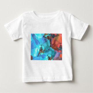 Color magnífico de las floraciones complementarias t-shirts