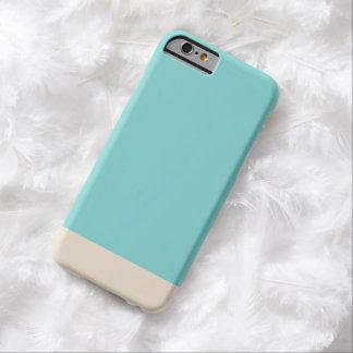 Color sólido del oro azul llano simple funda de iPhone 6 barely there