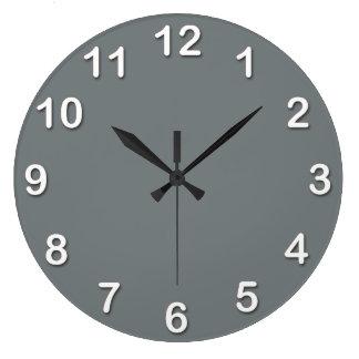 Color sólido: Gris de carbón de leña Reloj Redondo Grande