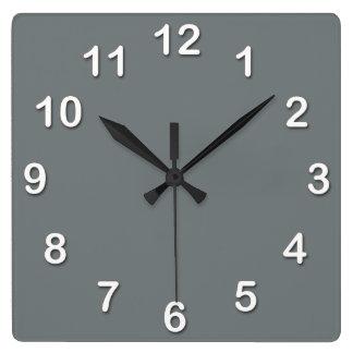 Color sólido: Gris de carbón de leña Reloj Cuadrado