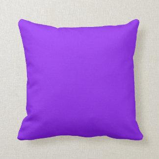 Color sólido púrpura de neón cojin