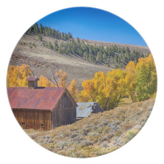 Colorado Rustic Rural Barn with Autumn Colors Melamine Plate